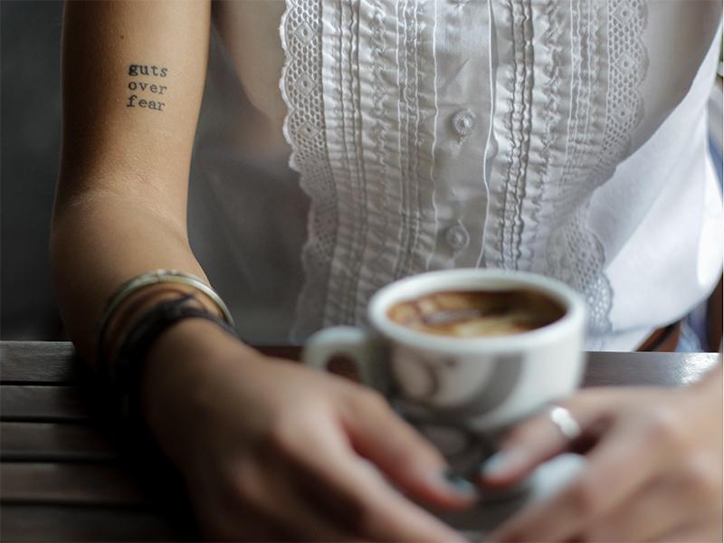 küçük kol dövmeleri